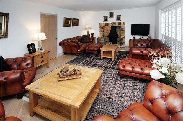 6 Bedrooms Detached House for sale in Cross Road, Willowhayne, East Preston, West Sussex, BN16