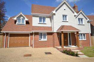 4 Bedrooms Detached House for sale in The Russetts, Beauharrow Road, St. Leonards-On-Sea, East Sussex