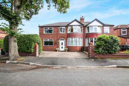4 Bedrooms Semi Detached House for sale in Pulford Road, Sale, Manchester, Greater Manchester