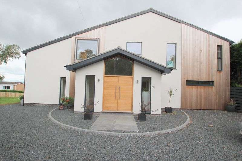 5 Bedrooms Detached House for sale in Oldfield Drive, Lower Heswall