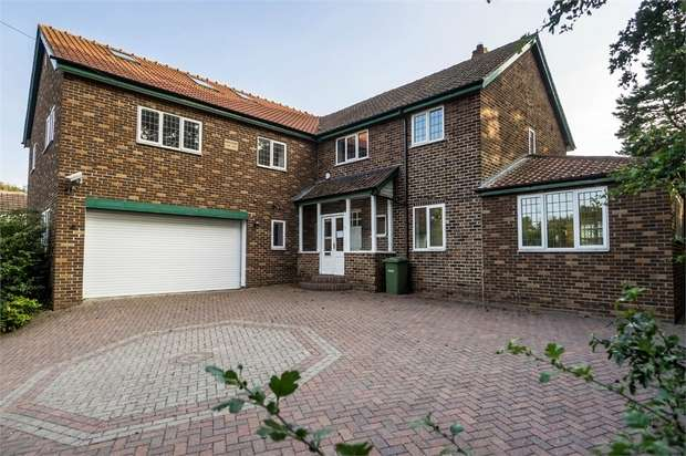 6 Bedrooms Detached House for sale in The Spital, Yarm, North Yorkshire