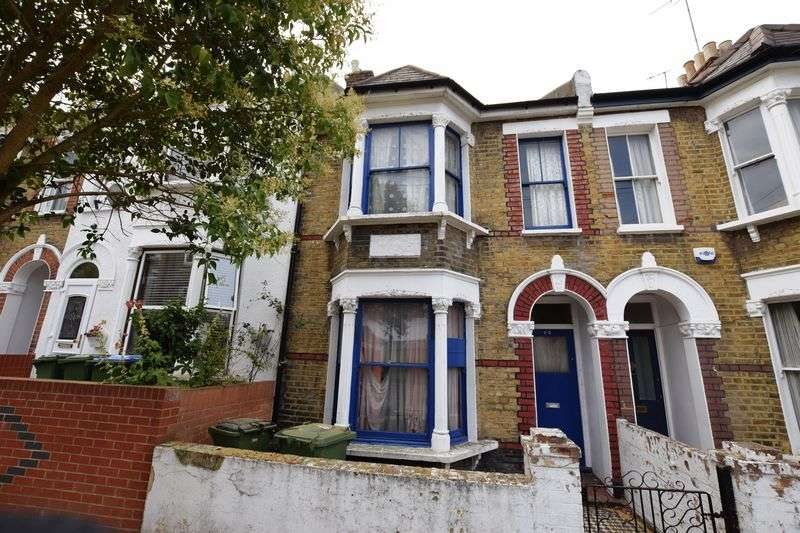 3 Bedrooms Terraced House for sale in Halstow Road, Greenwich, SE10 0LD