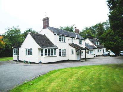 3 Bedrooms Detached House for sale in Bramble Lane, Burntwood, Staffordshire