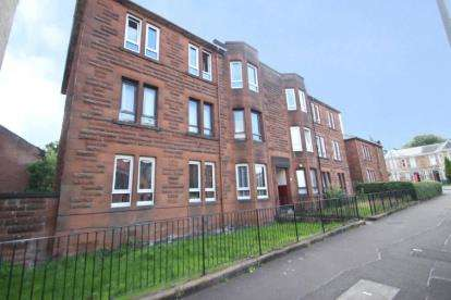 3 Bedrooms Flat for sale in Daisy Street, Glasgow