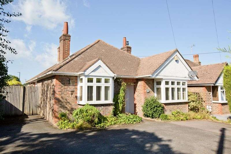4 Bedrooms Detached Bungalow for sale in Mill Road Burgess Hill
