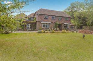 5 Bedrooms Detached House for sale in Oaks Road, Shirley, Croydon, Surrey