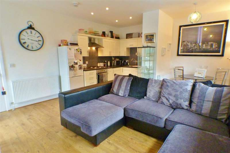 2 Bedrooms Apartment Flat for sale in Millbrae Road, GLASGOW