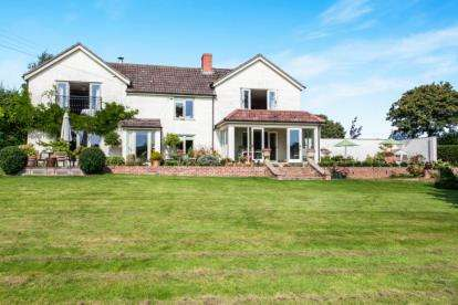 5 Bedrooms Detached House for sale in Coxley, Wells, Somerset