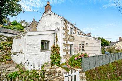 2 Bedrooms Semi Detached House for sale in Perranporth, Truro, Cornwall