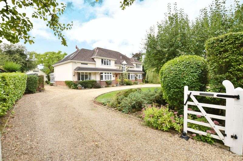 5 Bedrooms Detached House for sale in West Clandon, Surrey