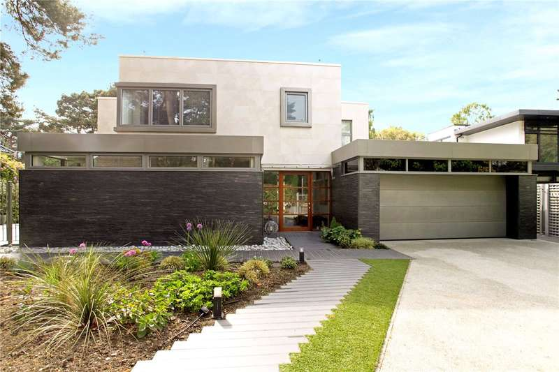 5 Bedrooms Detached House for sale in Nairn Road, Canford Cliffs, Poole, Dorset, BH13