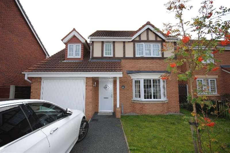 4 Bedrooms Detached House for sale in Vale Gardens, Spring View, Wigan, WN3