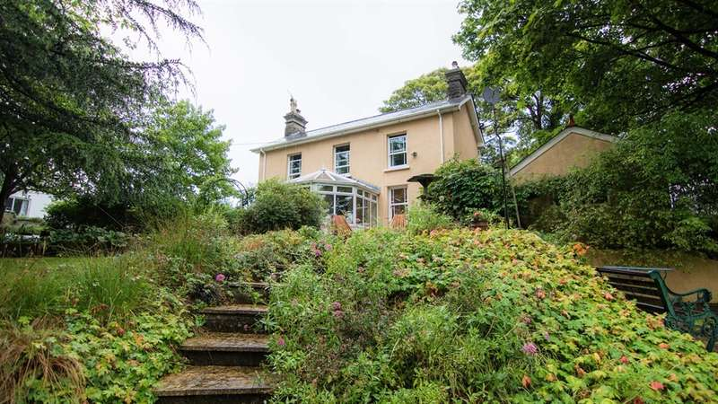 3 Bedrooms Detached House for sale in Old Parish Road, Hengoed
