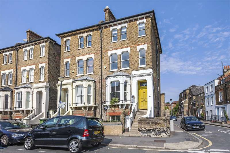 5 Bedrooms Semi Detached House for sale in Park Vista, London, SE10