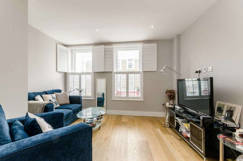 Flat in  Tournay Road  Fulham  SW6  Richmond