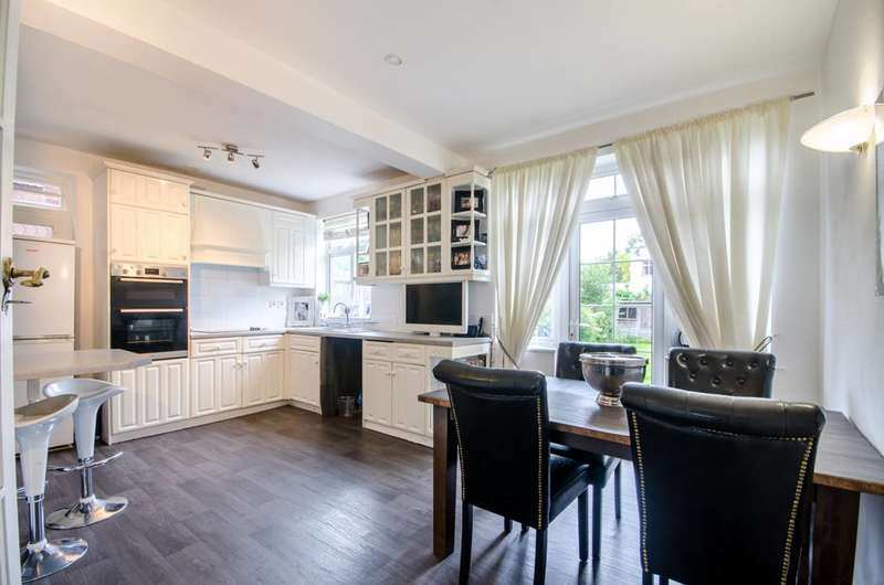Semi Detached in  Tracey Avenue  London  NW2  Richmond