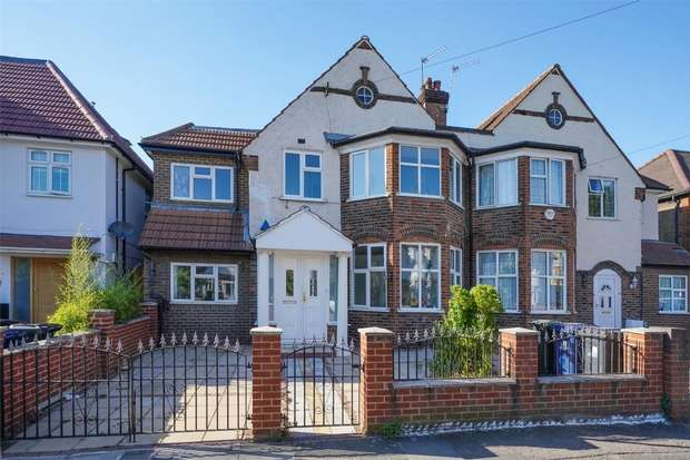 Detached house in  Cecil Road  London  W3  Richmond