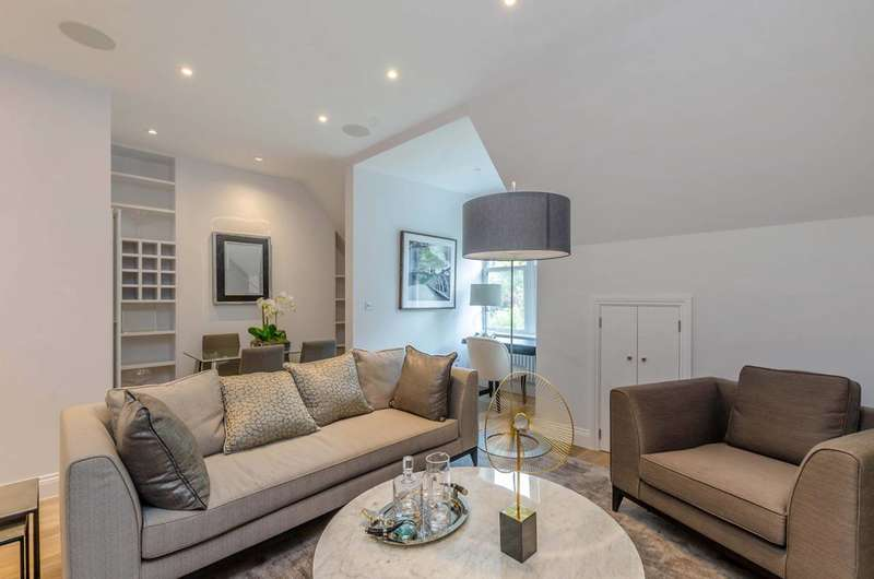 Flat in  Finchley Road  Hampstead  NW3  Richmond