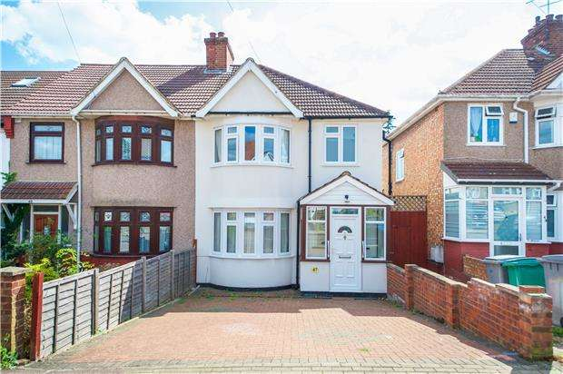 House in  Dunster Drive  London  NW9  Richmond