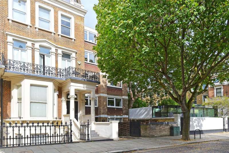 Flat in  Earls Court Square  Earls Court  London  SW5  Richmond