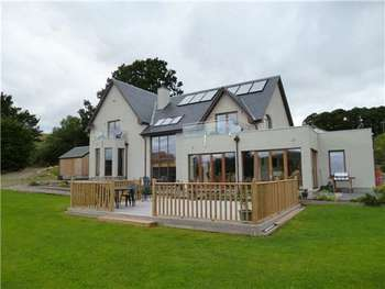 6 Bedrooms Detached House for sale in 80000 BELOW VALUATION! Magnificent 6 Bedroom Home Superior Finish - Daviot, Inverness