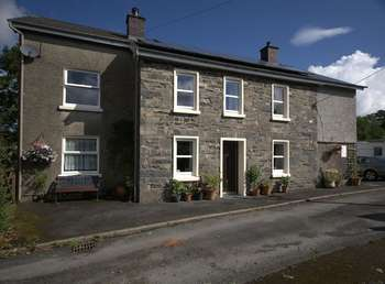 4 Bedrooms Detached House for sale in Llanddewi Brefi, Tregaron