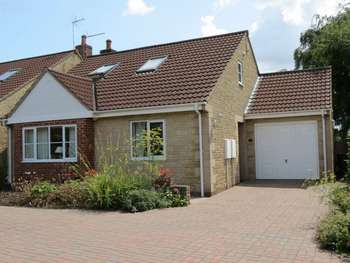 3 Bedrooms Detached Bungalow for sale in The Ridge, Bradford-On-Avon