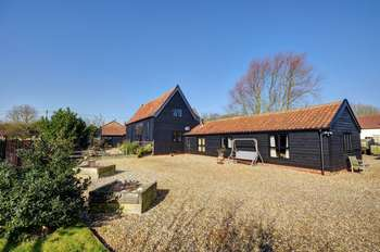5 Bedrooms Property for sale in Goldsmiths Barn, Ashbocking, Ipswich, Suffolk IP6