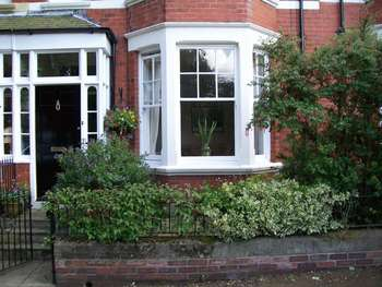 3 Bedrooms Terraced House for sale in Windsor Gardens, North Shields