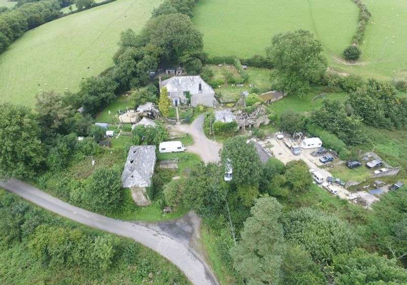 6 Bedrooms Detached House for sale in St. Giles-On-The-Heath, Launceston
