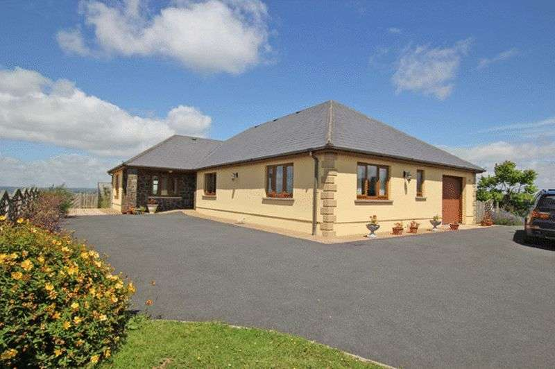 3 Bedrooms Detached Bungalow for sale in NANTYCAWS, CARMARTHEN