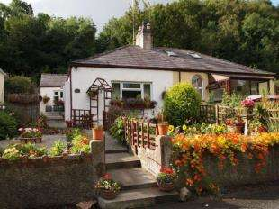2 Bedrooms Bungalow for sale in Siloh Cottages, Y Felinheli, Gwynedd, LL56