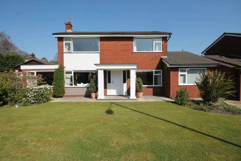 3 Bedrooms Detached House for sale in Newbrook Road, Atherton, Manchester.