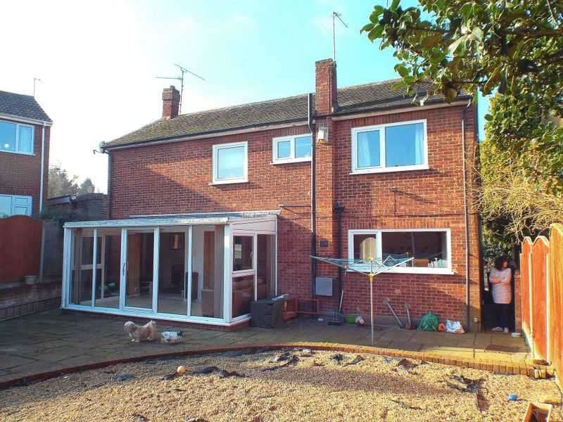 4 Bedrooms Property for sale in Crutches Lane, Higham
