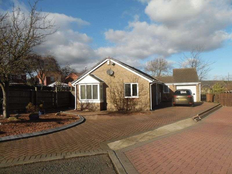 3 Bedrooms Detached Bungalow for sale in Porthcawl Drive, Usworth Washington