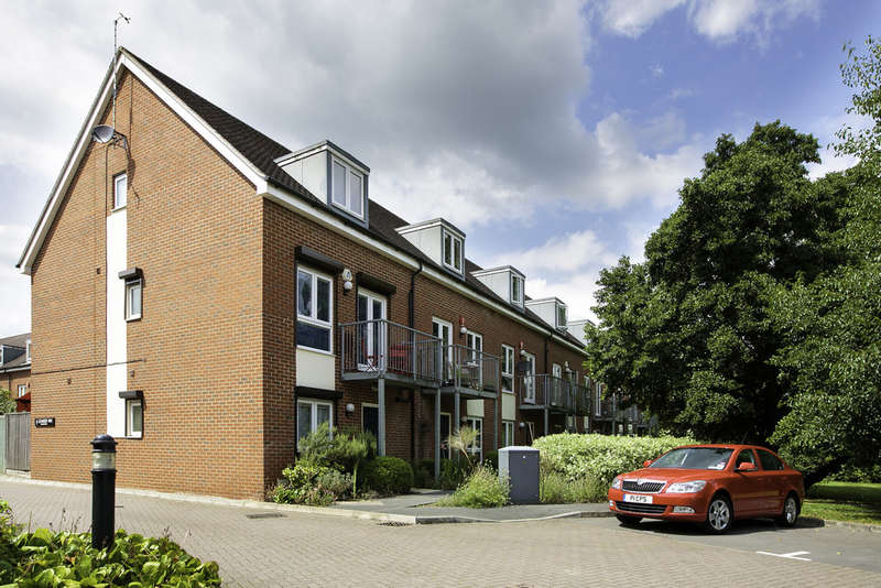 5 Bedrooms Town House for sale in Off Abingdon Road, Oxford