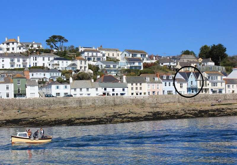4 Bedrooms Terraced House for sale in Marine Parade, St Mawes