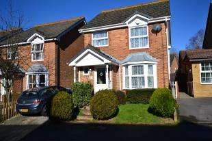 3 Bedrooms Detached House for sale in Hare Way, St. Leonards-On-Sea, East Sussex