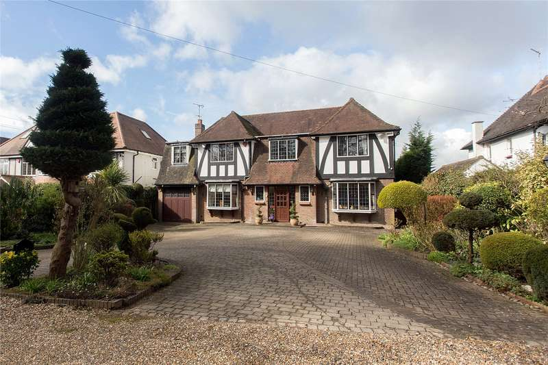 5 Bedrooms Detached House for sale in Park Drive, Harrow Weald, Middlesex, HA3