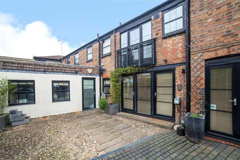 3 Bedrooms House for sale in Percy Road, North Finchley, London, N12
