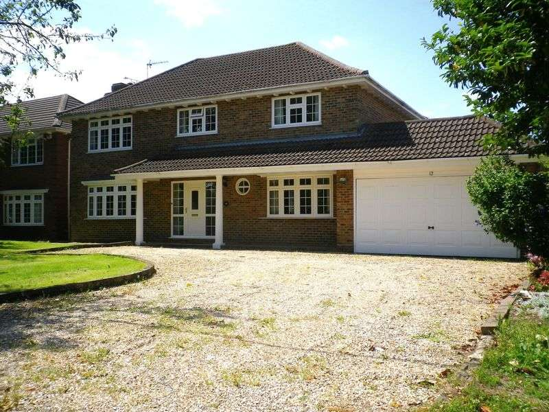 4 Bedrooms Detached House for sale in Empress Avenue, West Mersea