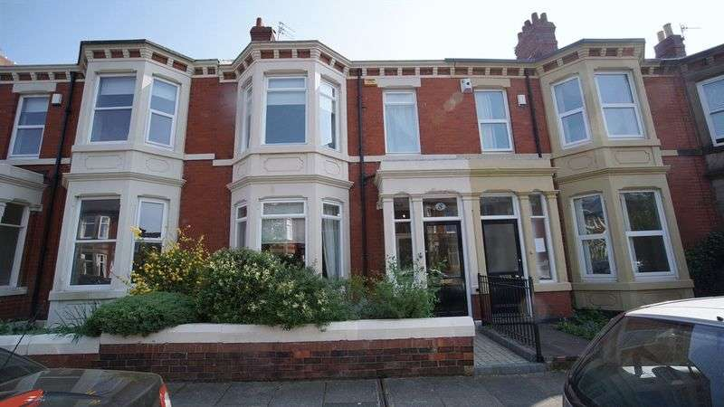3 Bedrooms Terraced House for sale in WESTWOOD AVENUE Heaton
