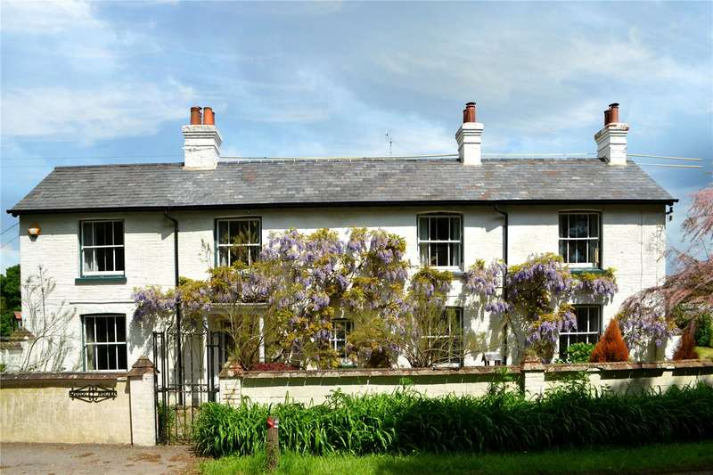 5 Bedrooms Detached House for sale in South Road, Wivelsfield Green, East Sussex, RH17