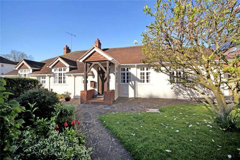 5 Bedrooms Detached Bungalow for sale in Garson Lane, Wraysbury, Staines-upon-Thames, Berkshire, TW19