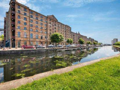3 Bedrooms Flat for sale in Speirs Wharf, Glasgow