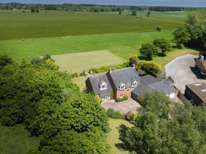 4 Bedrooms Detached House for sale in Neatishead