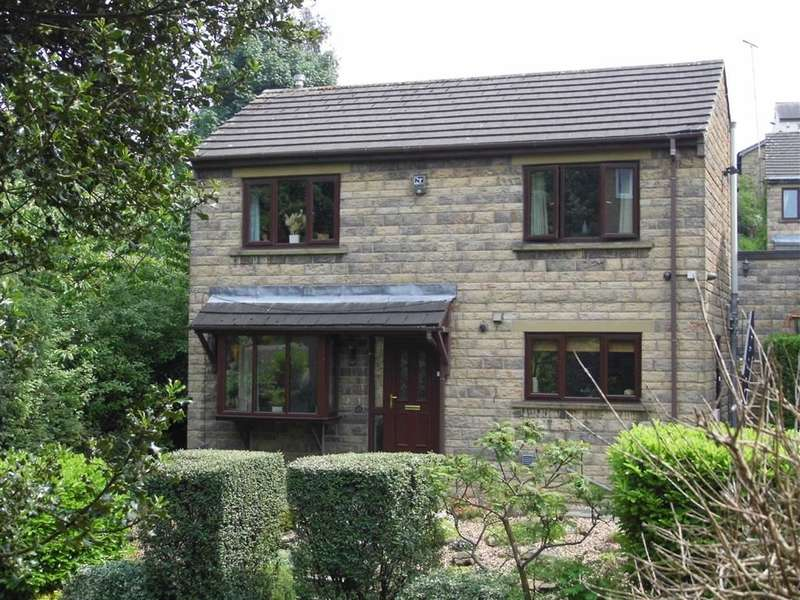 3 Bedrooms Property for sale in 35, Tofts Grove, Rastrick, Huddersfield