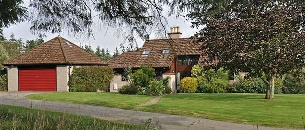 4 Bedrooms Detached House for sale in Tain, Tain, Highland