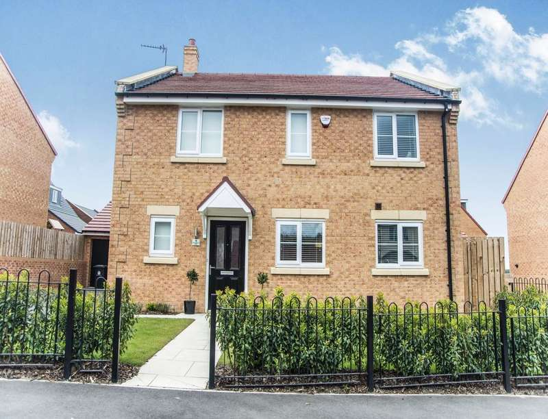 4 Bedrooms Detached House for sale in Coanwood Drive, West Park , NE25