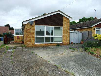 4 Bedrooms Bungalow for sale in Lakenheath, Brandon, Suffolk